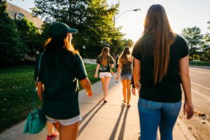 Blog Feature: How Do I Find a Roommate?