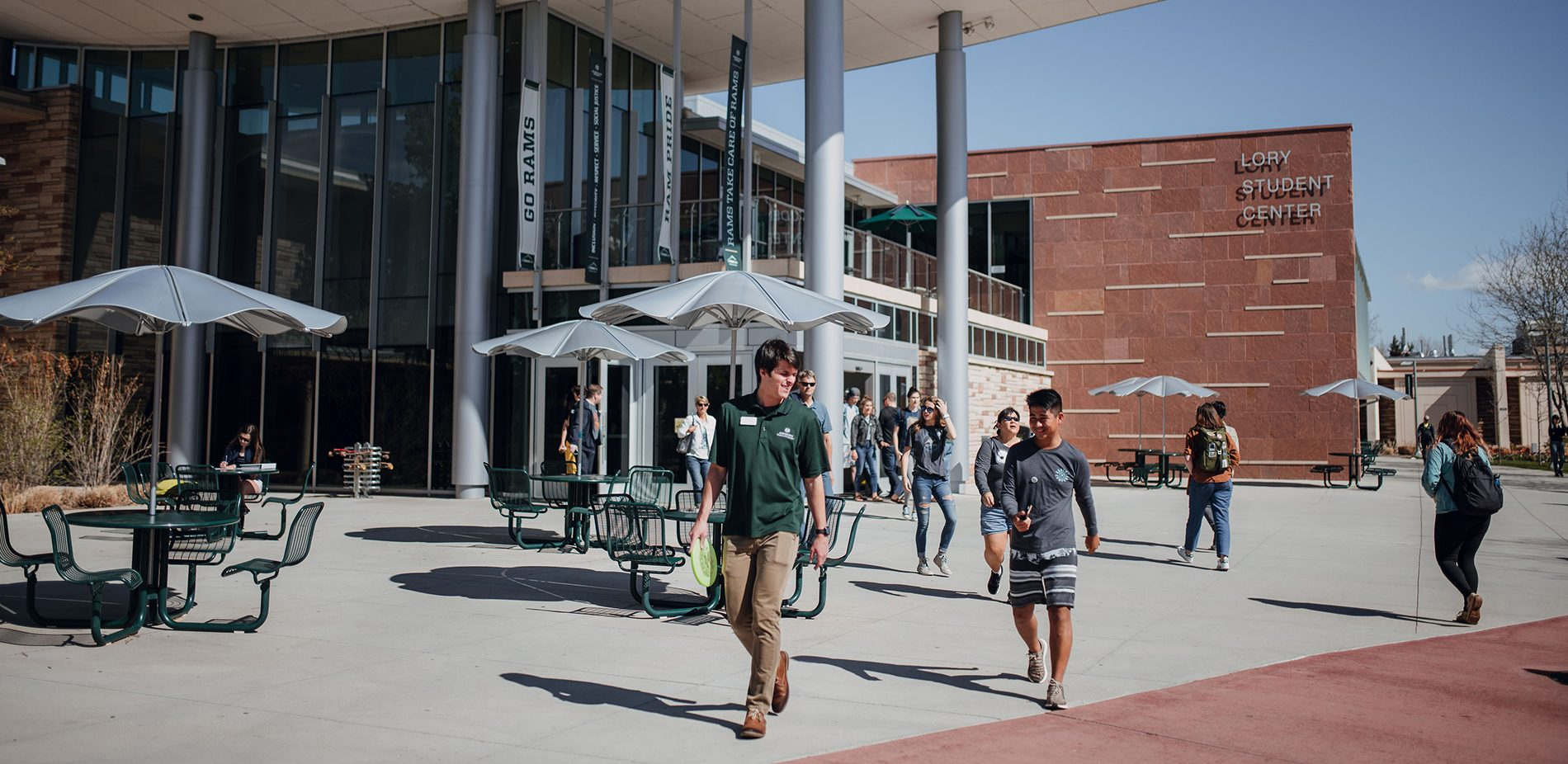 Students on a group tour of CSU outside of the Lory Student Center in Fort Collins